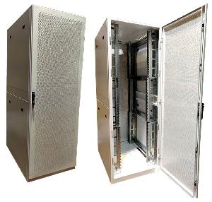 Armario rack reforzado de 48U con capacidad de hasta 1500 kg